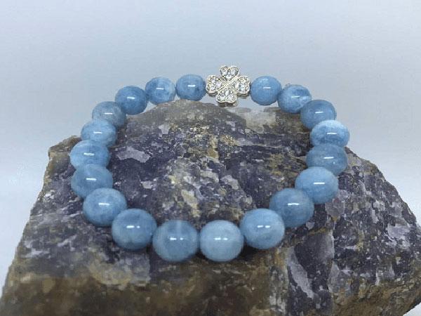 Đá aquamarine những điều cần biết, đá aquamarine là gì? Hợp mệnh gì? Tác dụng của đá aquamarine?