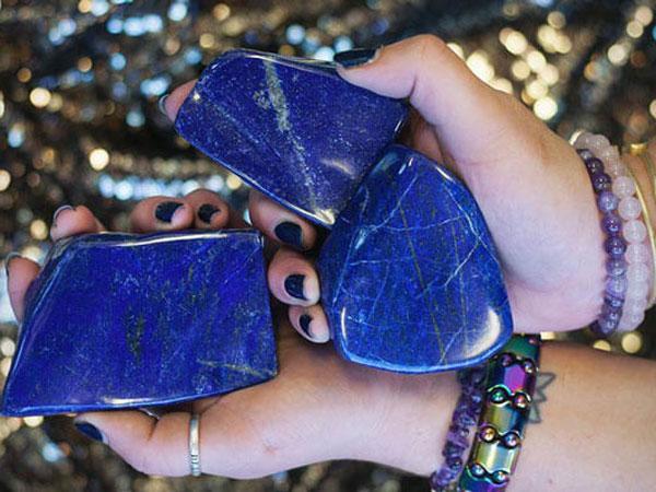 Đá Lapis Lazuli – Loại đá hoàng tộc mang nhiều ý nghĩa lớn lao