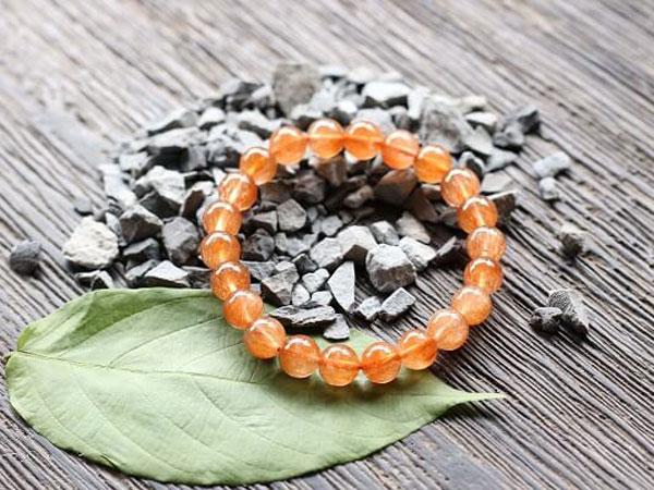 ĐÁ THẠCH ANH TÓC CAM - Kiến thức tổng quan ý nghĩa tác dụng của đá thạch anh tóc cam