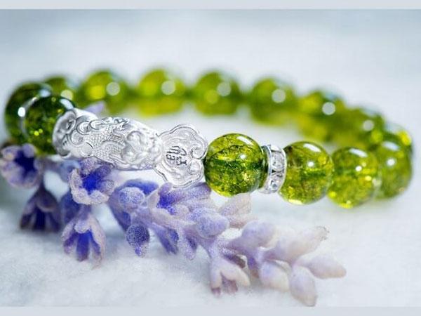 ĐÁ PERIDOT - Ngọc Lục bảo chiều tà, công dụng, ý nghĩa và cách phân biệt đá peridot trong tự nhiên