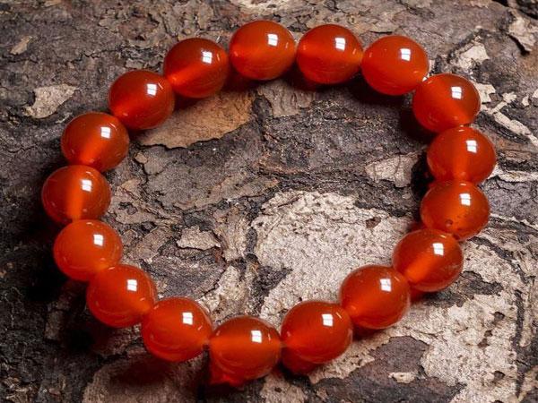 ĐÁ THẠCH ANH ĐỎ - Tổng quan, những ai hợp và không hợp đá thạch anh đỏ.