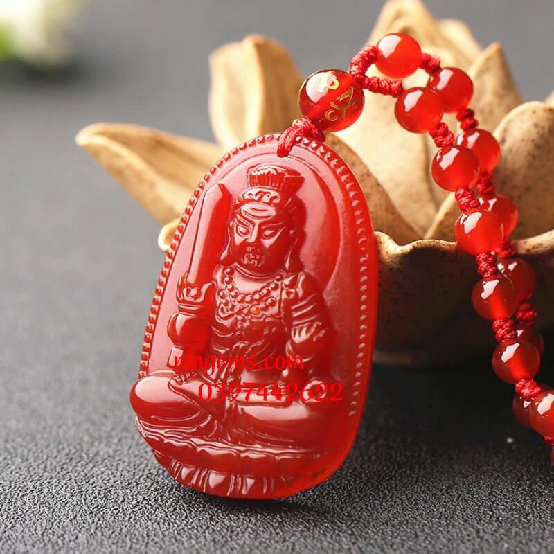 Phật bản mệnh Bất Động Minh Vương đá mã não đỏ