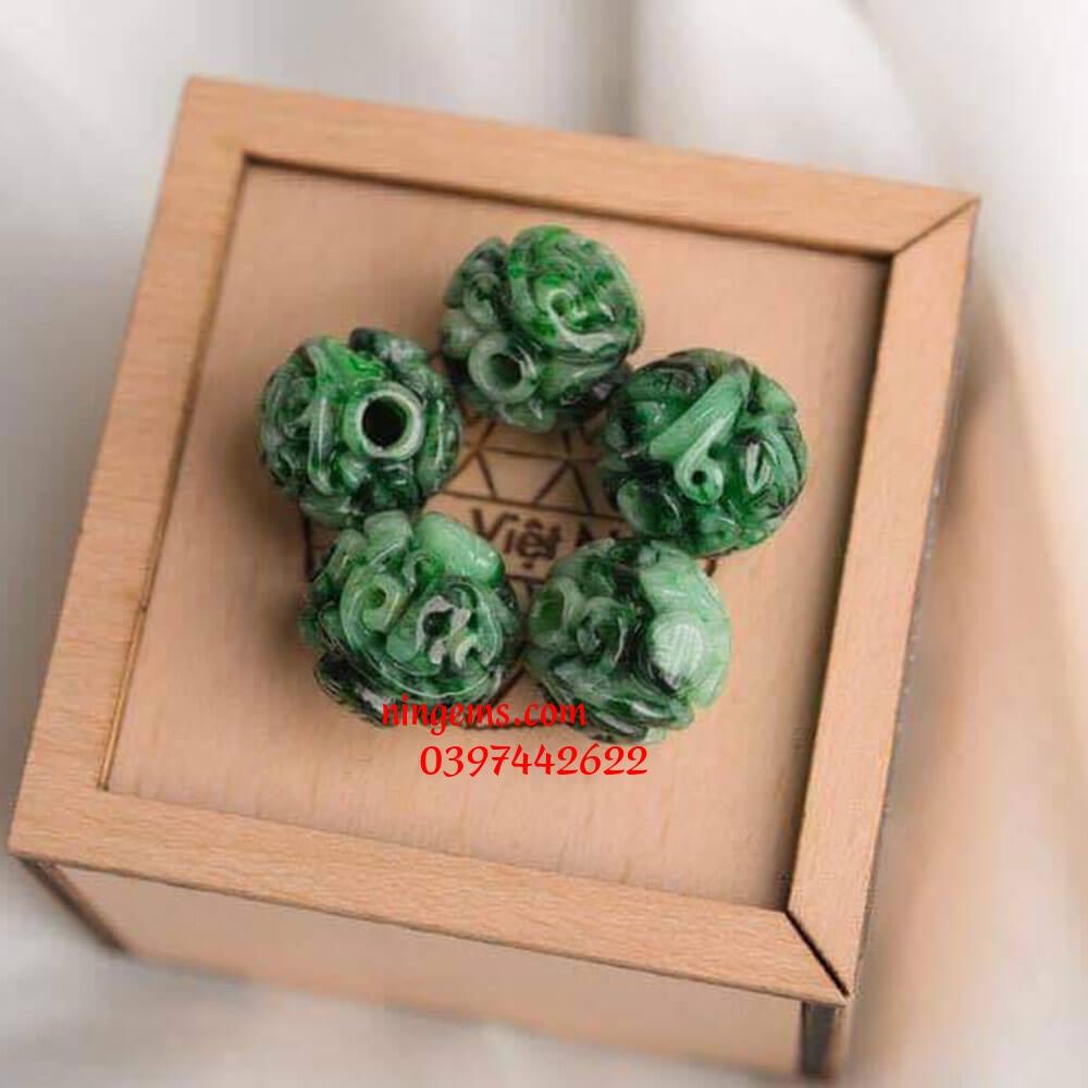 Lu thống khắc vân ngọc jadeit