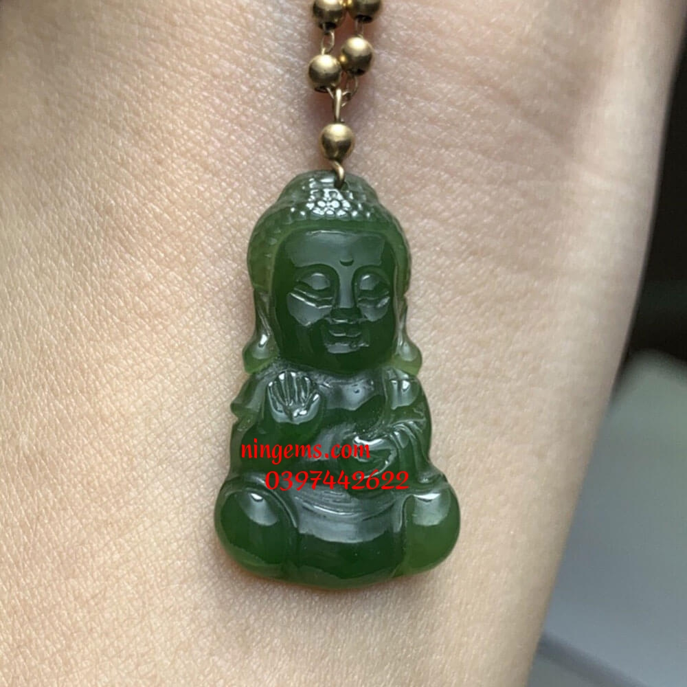 Mặt dây chuyền Phật Tổ ngọc bích