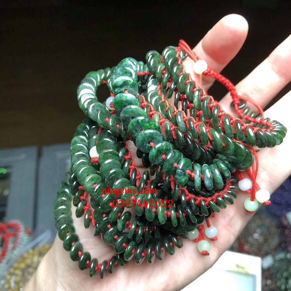 Vòng tay điếu cúc ngọc jadeit