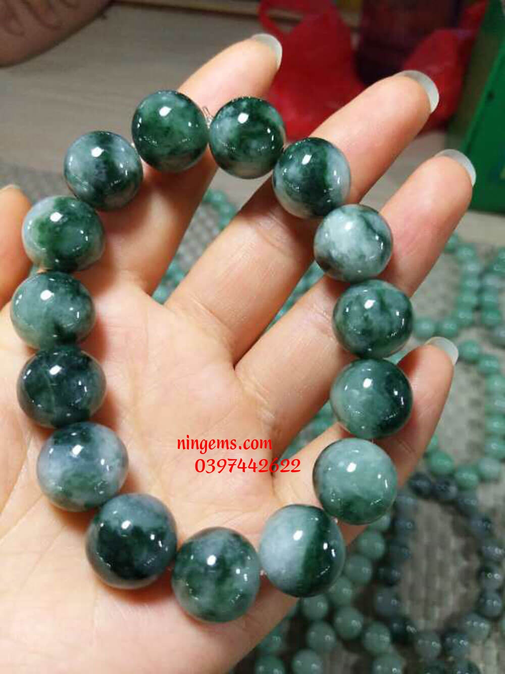 Vòng tay ngọc jadeit