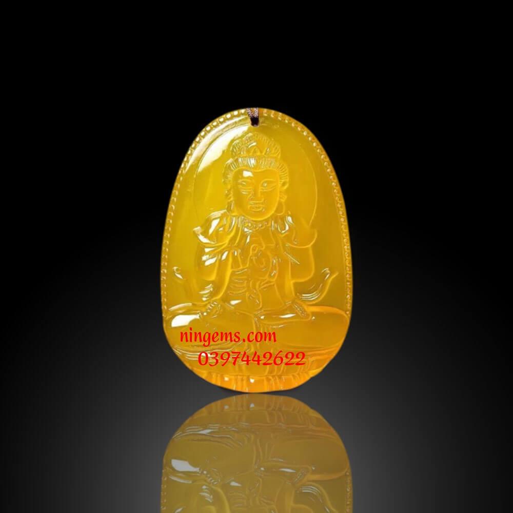Phật bản mệnh Như Lai Đại Nhật đá mã não vàng