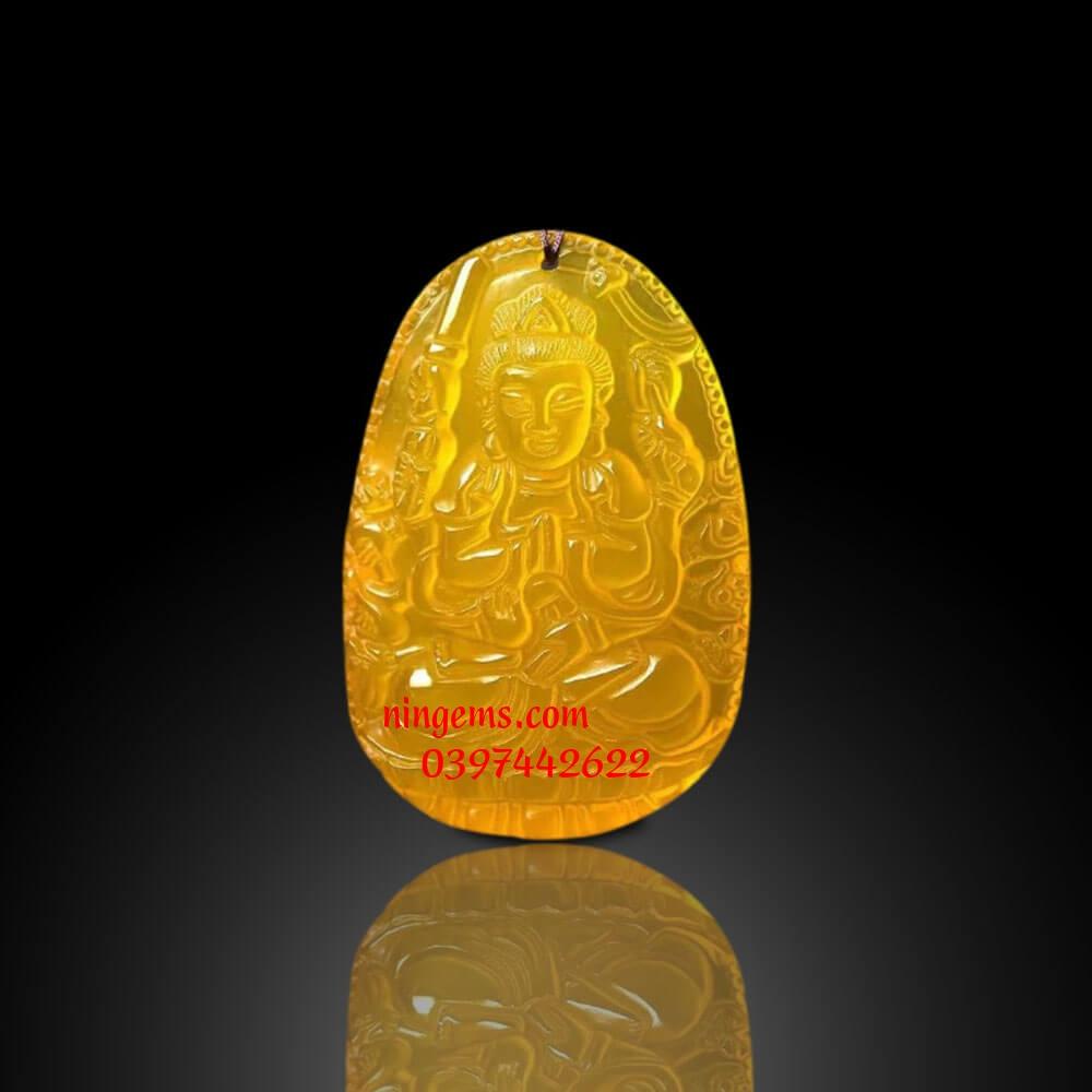 Phật bản mệnh Thiên Thủ Thiên Nhãn đá mã não vàng